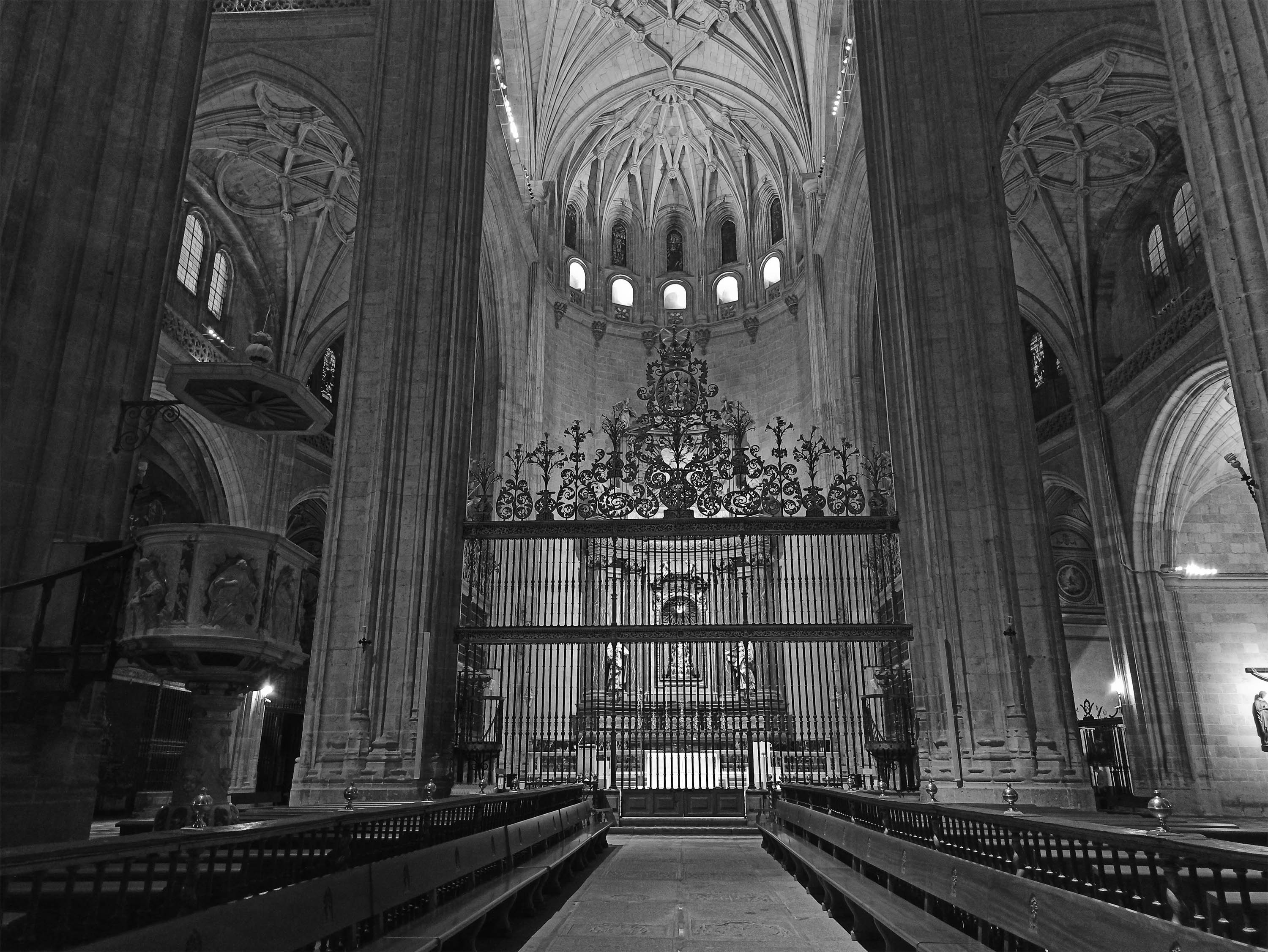 catedral funeral interior